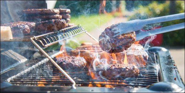 How to Make the Best Burgers, best burgers, backyard cookout, homemade hamburgers, homemade condiments