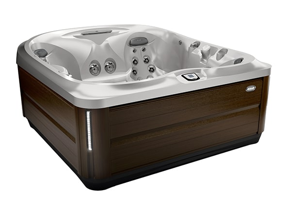 J-475™ hot tub in Manitoba