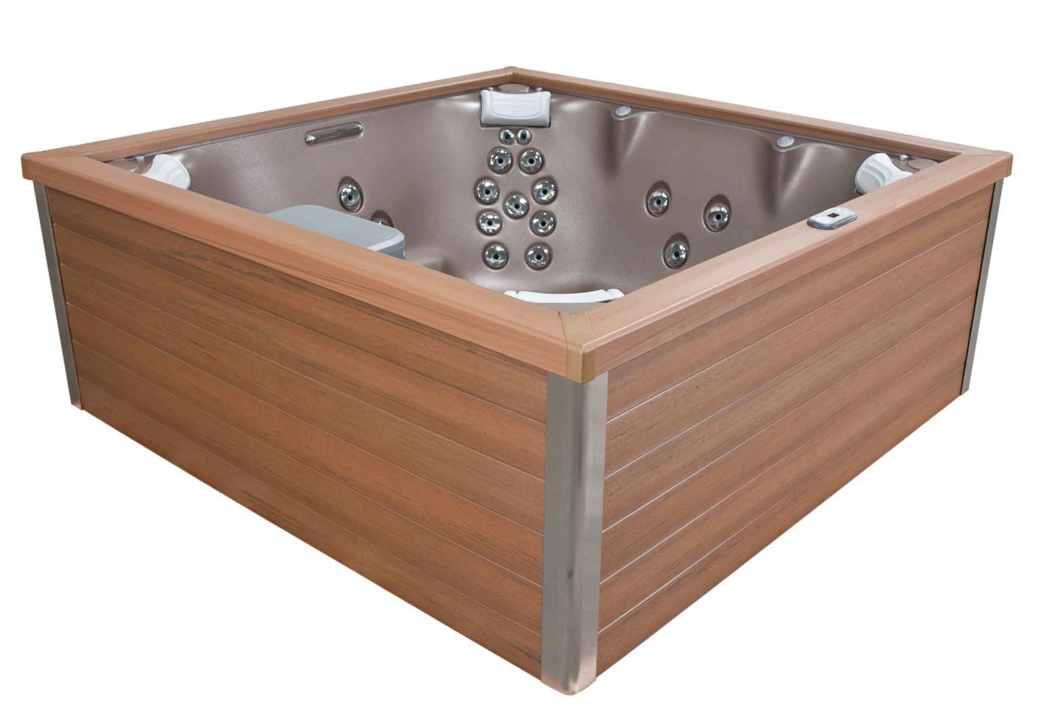 J-LX® hot tub in Manitoba