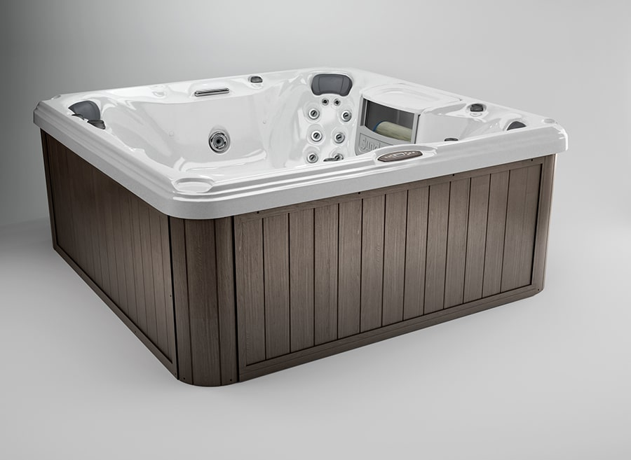 Chelsee® hot tub in