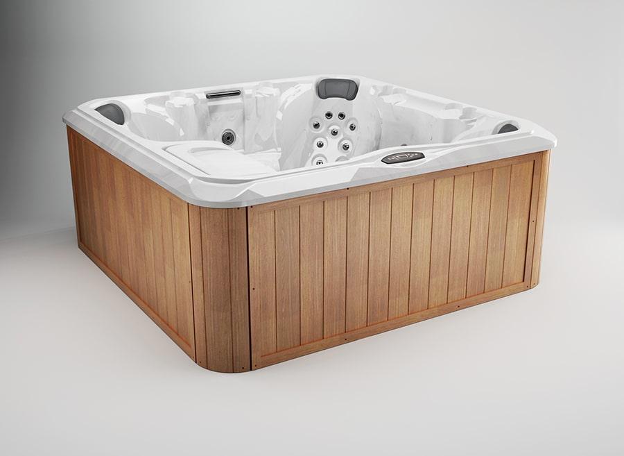 Hanover™ hot tub in