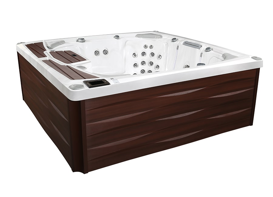 Odessa™ hot tub in Netherlands