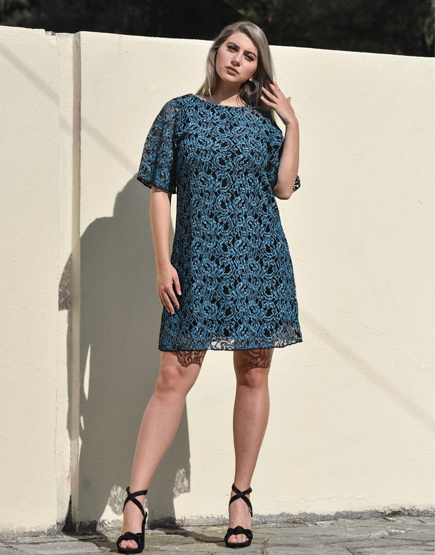 316ef92a2f5e Μπλε και μαύρο φόρεμα σε ανάγλυφη δαντέλα 6270021