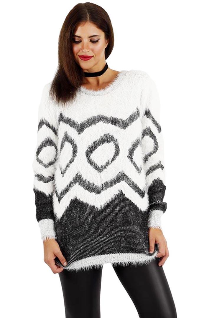 ab9b5c8e0a19 Fluffy λευκό γούνινο πουλόβερ 6245160