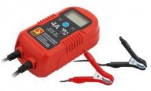 Ηλεκτρονικός φορτιστής-συντηρητής μπαταριών 12V 4A 009475