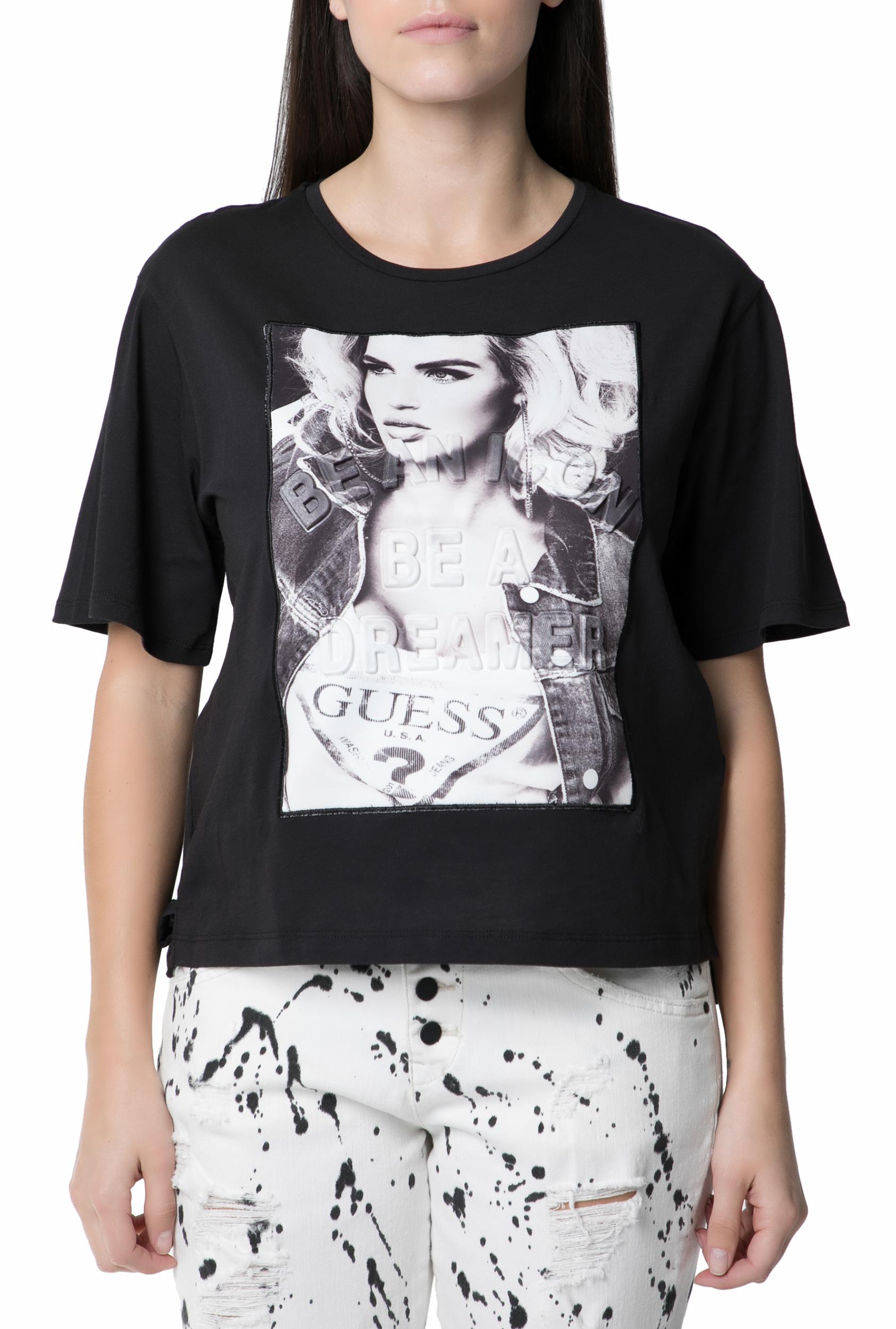 GUESS Γυναικεία κοντομάνικη μπλούζα GUESS μαύρη με στάμπα 6207605 ... e57182efc36