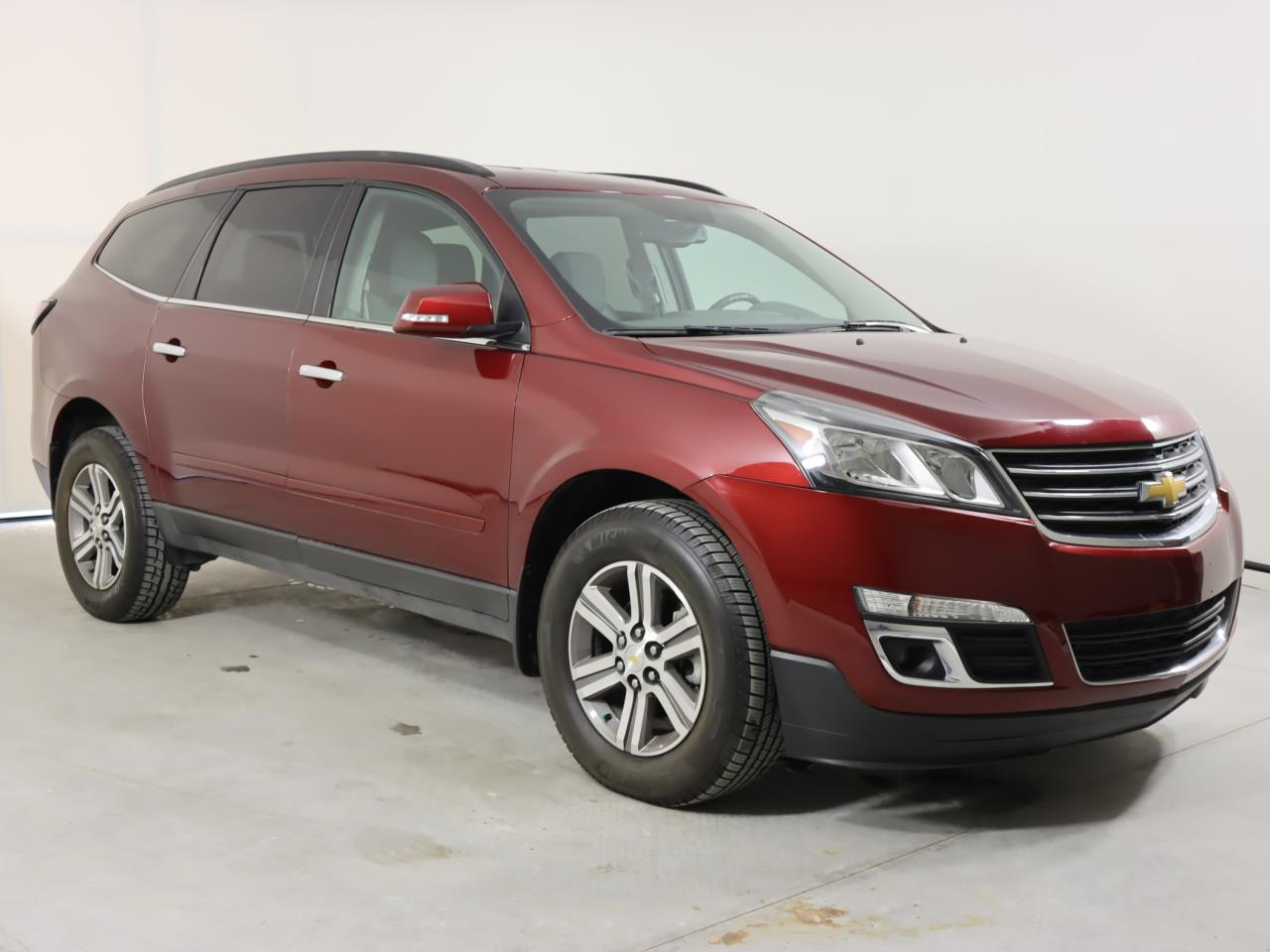 used vehicle - SUV CHEVROLET TRAVERSE 2017