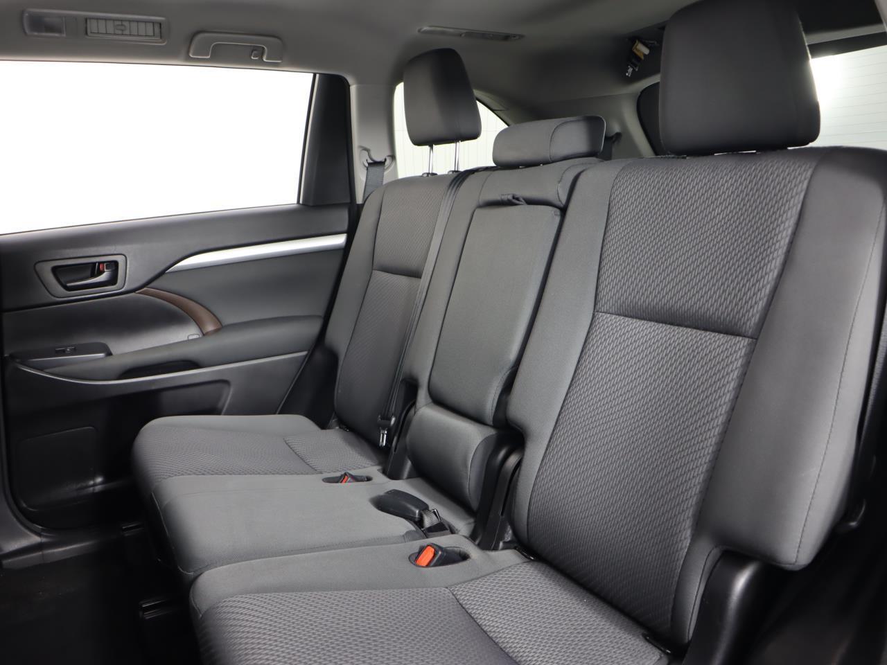 used vehicle - SUV TOYOTA HIGHLANDER 2017