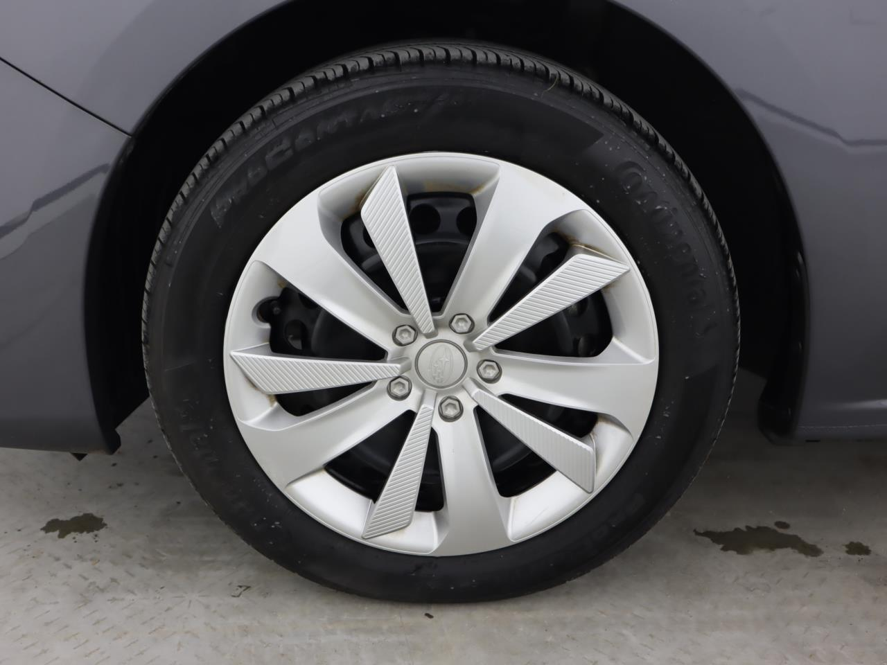 used vehicle - Hatchback SUBARU IMPREZA 2018