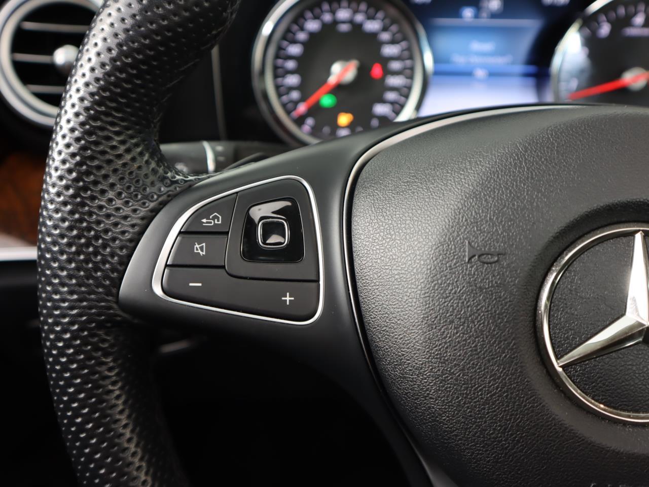 used vehicle - Sedan MERCEDES-BENZ E-CLASS 2018