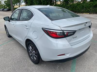 Used TOYOTA YARIS 2019 MIAMI LE