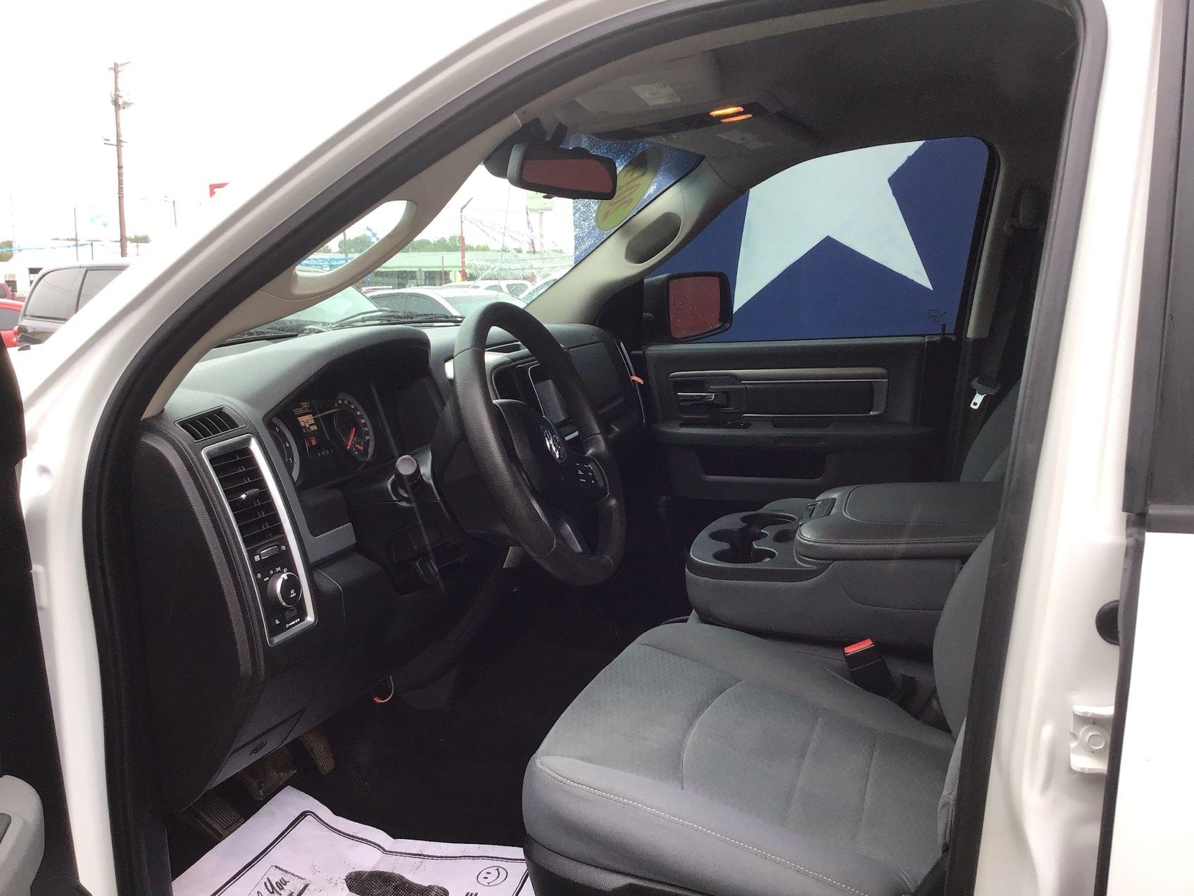 used vehicle - Truck RAM 1500 2014