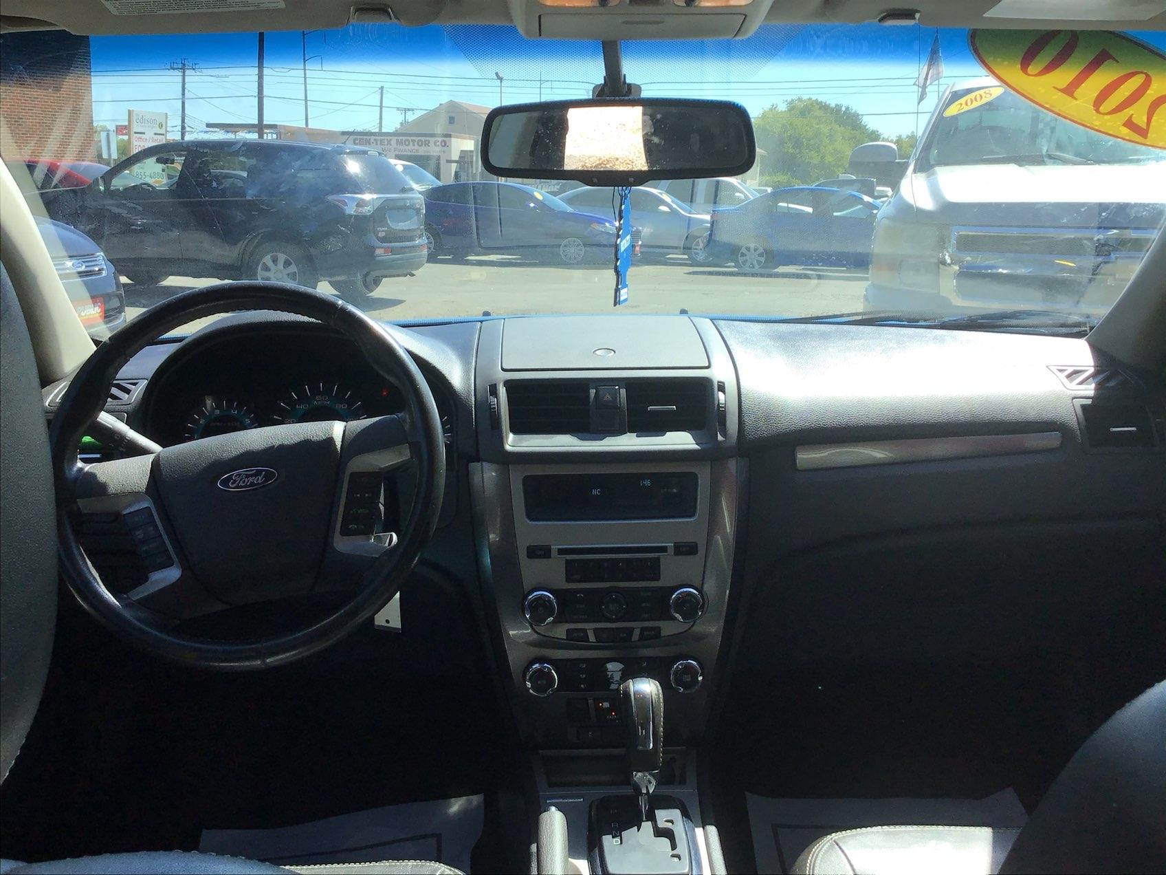 used vehicle - Sedan FORD FUSION 2010