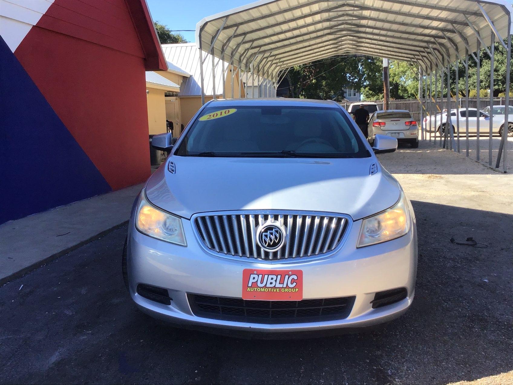 used vehicle - Sedan BUICK LACROSSE 2010