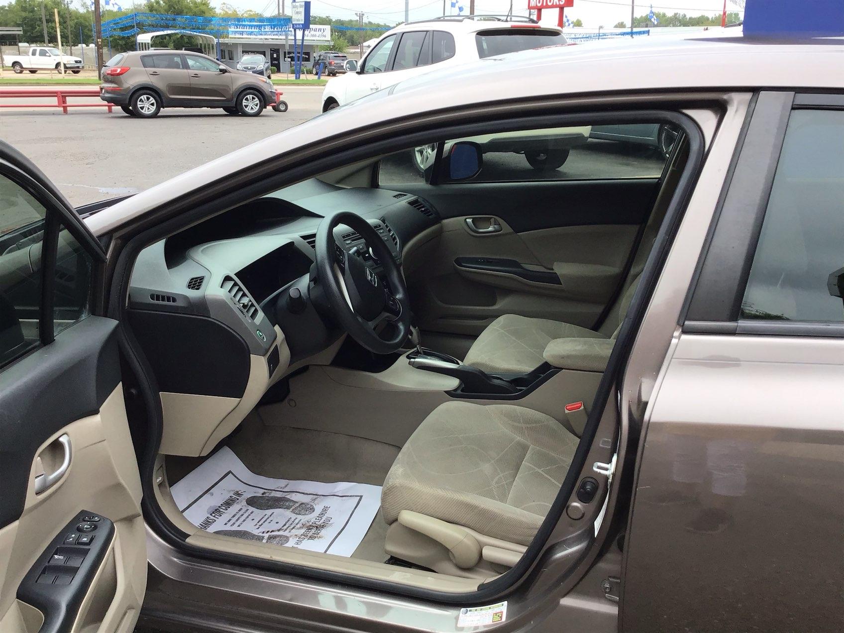 used vehicle - Sedan Honda Civic Sdn 2012