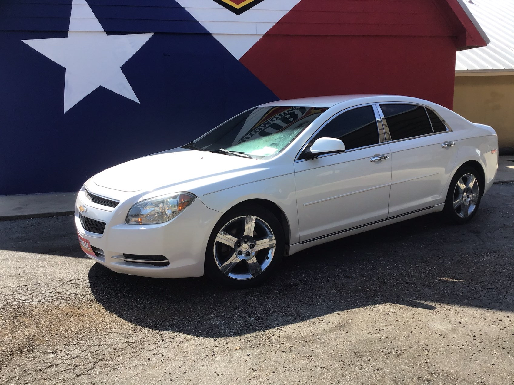 used vehicle - 4 DOOR SEDAN CHEVROLET MALIBU 2012