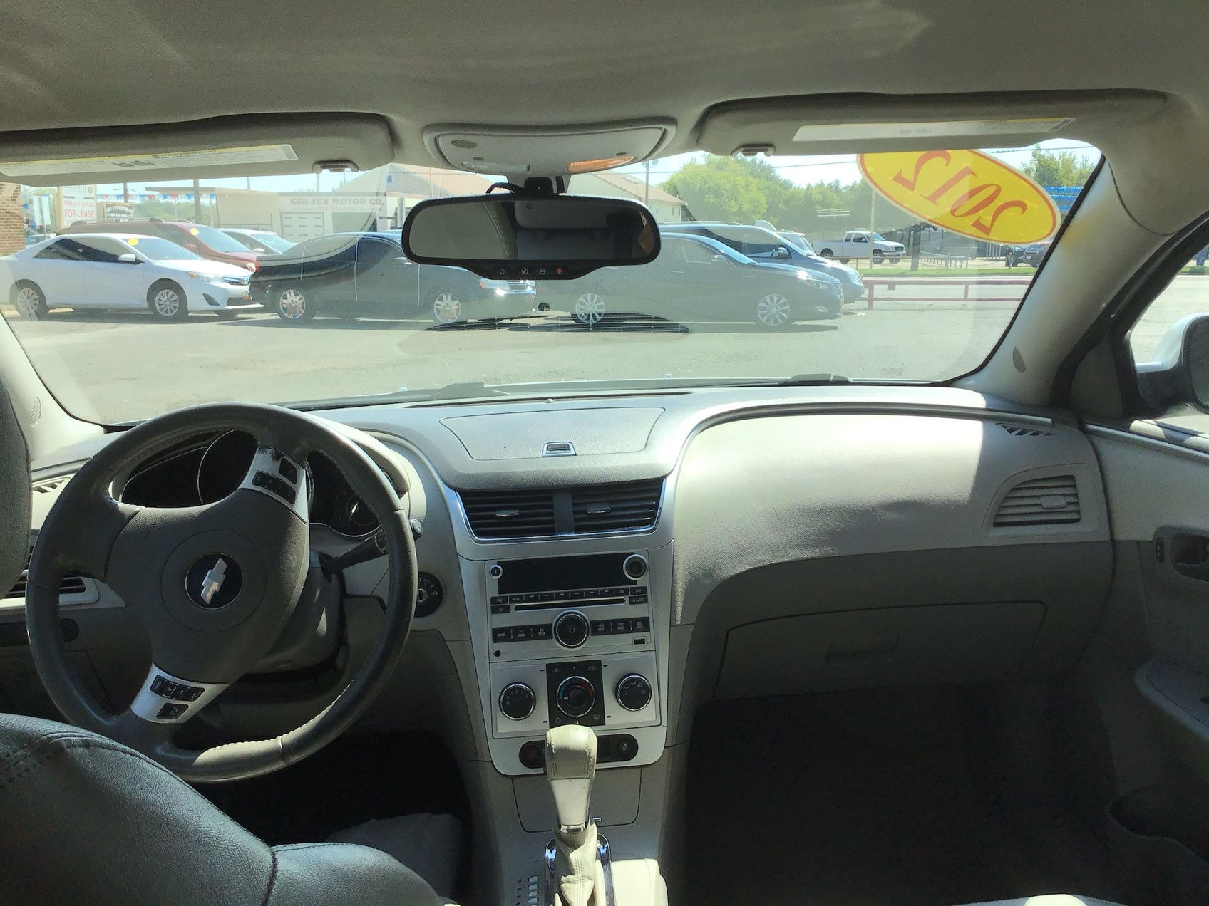 used vehicle - 4 DOOR SEDAN CHEVROLET MALIBU 2012