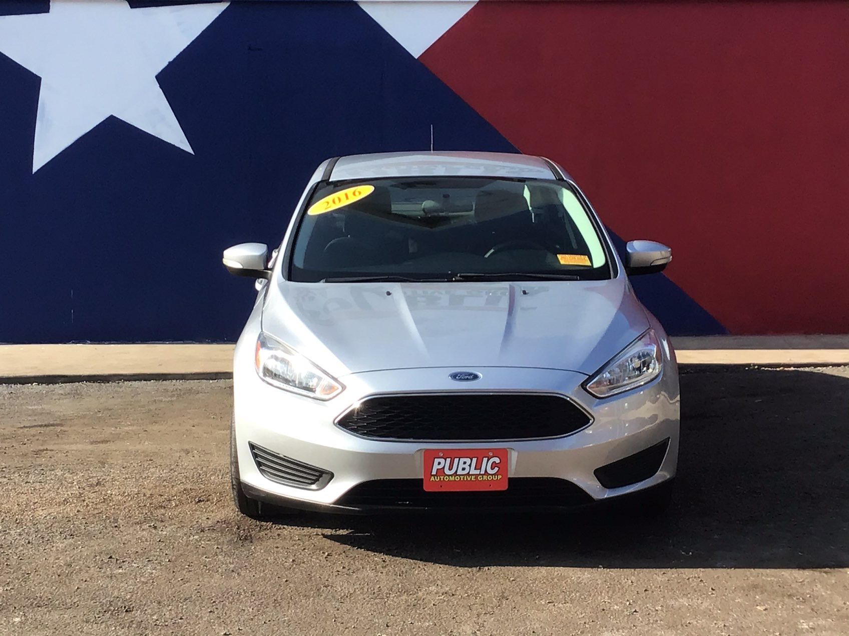 used vehicle - Sedan FORD FOCUS 2016