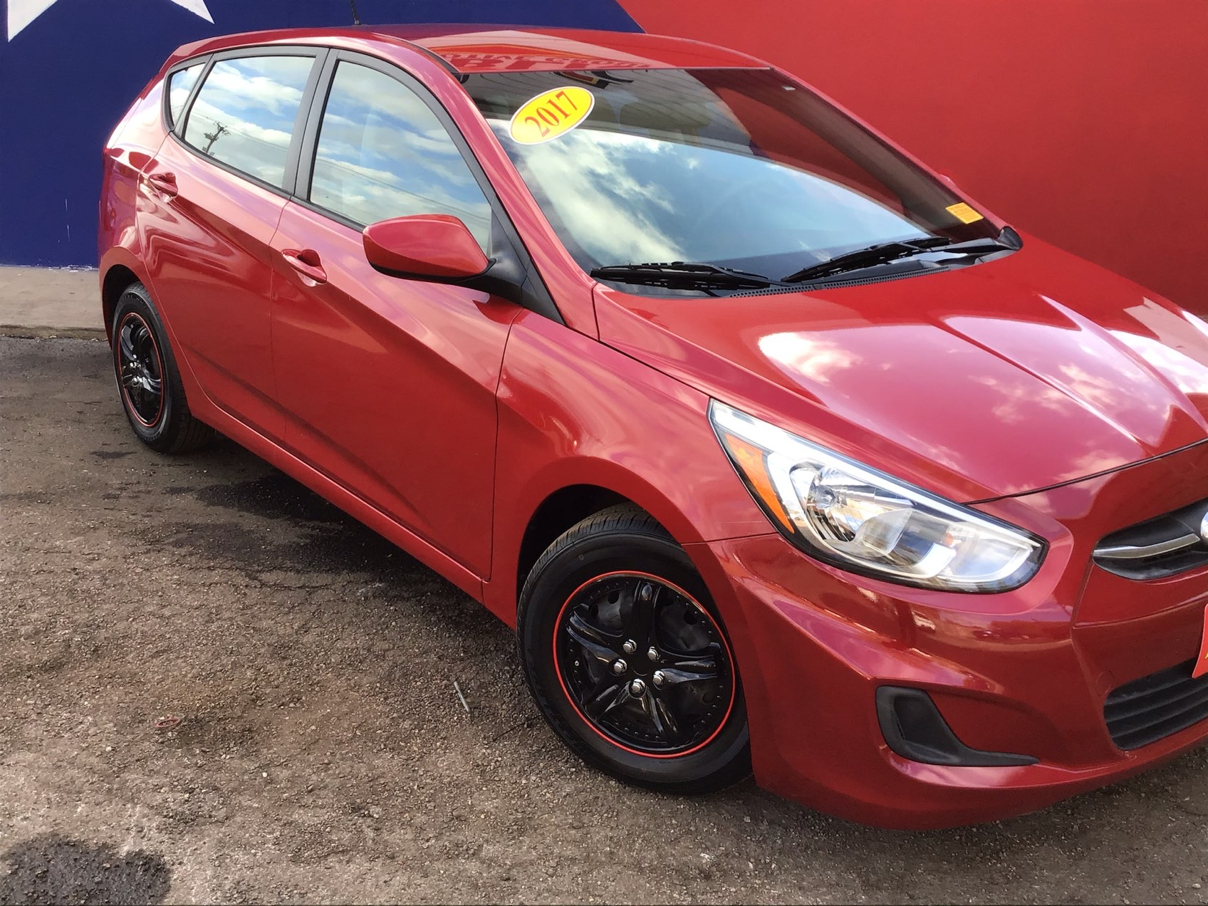 used vehicle - Sedan HYUNDAI ACCENT 2017