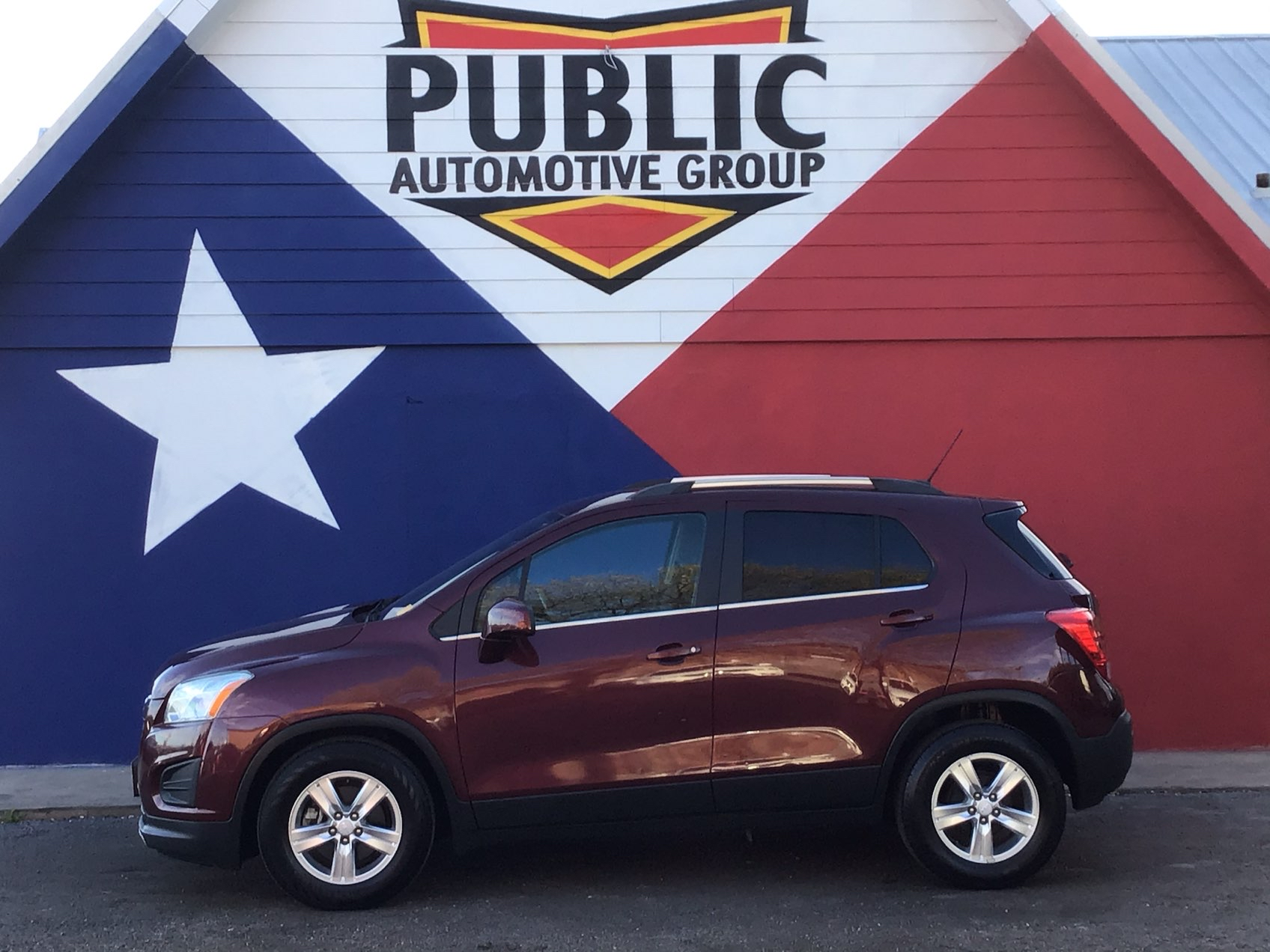 used vehicle - SUV CHEVROLET TRAX 2016