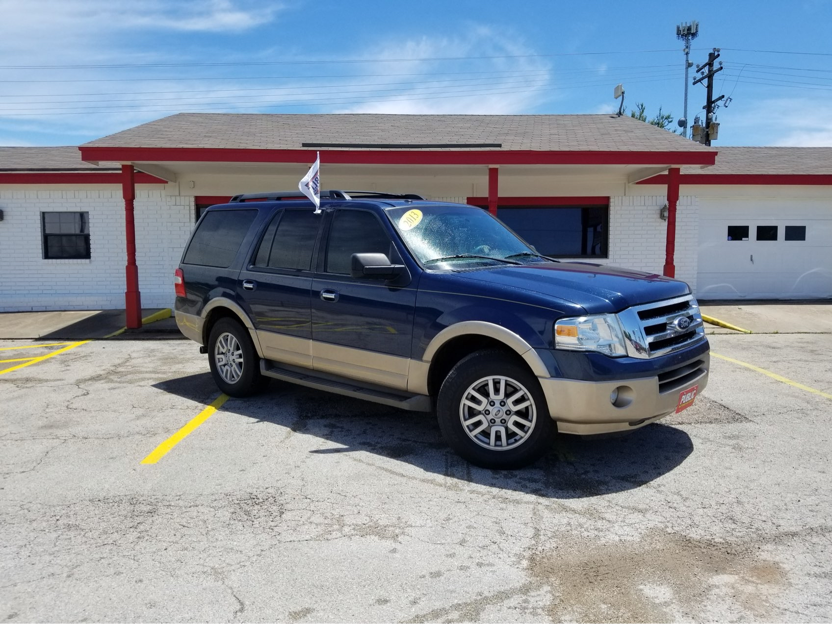 used vehicle - SUV FORD EXPEDITION 2013