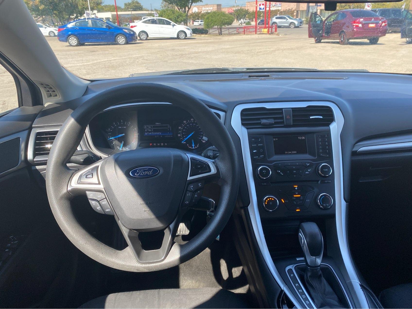 used vehicle - Sedan FORD FUSION 2015