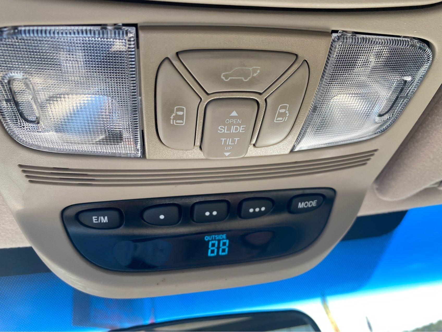 used vehicle - Passenger Van TOYOTA SIENNA 2007