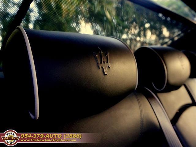 used vehicle - Sedan Maserati Quattroporte 2005