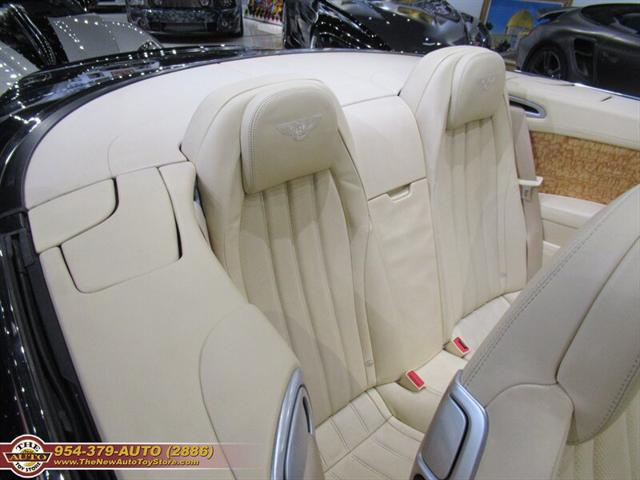 used vehicle - Convertible Bentley Continental Gtc V8 2014