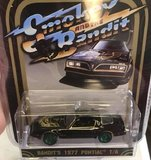 Smokey and the Bandit Pontiac Firebird Trans Am Chase 1:64 Scale by Greenlight