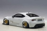 Rocket Bunny Toyota 86 in Metallic White in 1:18 Scale by AUTOart