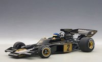 1973 Lotus 72E Ronnie Peterson #2 w figurine by AUTOart in 1:18 Scale