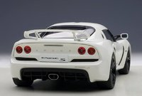Lotus Exige S in White Model Car in 1:18 Scale by AUTOart