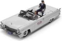 Lincoln Continental MKIII Open Convertible John F. Kennedy and Driver Figures in 1:18 Scale by Sun Star