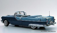 1955 Pontiac Star Chief Convertible Ltd. Edition in 1:24 Scale by the Franklin Mint