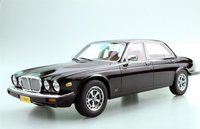 1982 Jaguar XJ6 in Black in 1:18 Scale by LS Collectibles