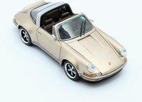 Singer Porsche 911 Targa in gold in 1:43 scale by Matrix