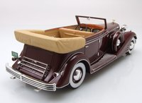 1933 Cadillac Allweather Phaeton in 1:24 Scale by Neo