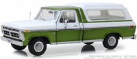1976 Ford F-100 Medium Green Glow Poly in 1:18 Scale by Greenlight