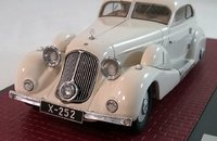 1935 MERCEDES-BENZ 500K SPEZIAL STROMLINIENWAGEN TAN TJOAN KENG in 1:43 Scale by Matrix