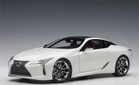 Lexus LC500 in White Composite Diecast Model in 1:18 Scale by AUTOart