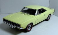 1969 Dodge Charger RT in yellow 1:24 scale by The Danbury Mint