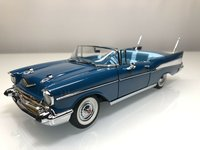 1957 Chevrolet Belair convertible in blue 1:24 scale by The Danbury Mint