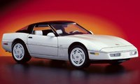 1988 Corvette Coupe w/ 35th Anniversary Package white in 1:24 scale by The Franklin Mint
