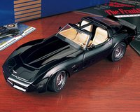 1980 Corvette L-82 in Black Diecast Model Car by The Franklin Mint in 1:24 Scale