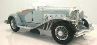 1935 Duesenberg SSJ in grey 1:18 scale by AutoWorld