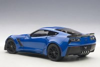 2016 Corvette C7 Z06 in Laguna Blue Model in 1:18 Scale by AUTOart