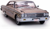 1963 Ford Galaxie 500 XL Hardtop Diecast Model Car in 1:18 Scale by Sun Star