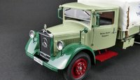 Mercedes-Benz racing car transporter Tarpaulin Cover truck diecast model in 1:18 Scale by CMC