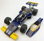 1972 McLaren M16 Indy 500 Winner Mark Donohue Diecast by Replicarz in 1:18 Scale